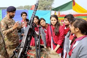 Pak Army And Students